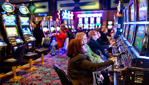 Kinds Of Online Casino Games And Poker Rooms
